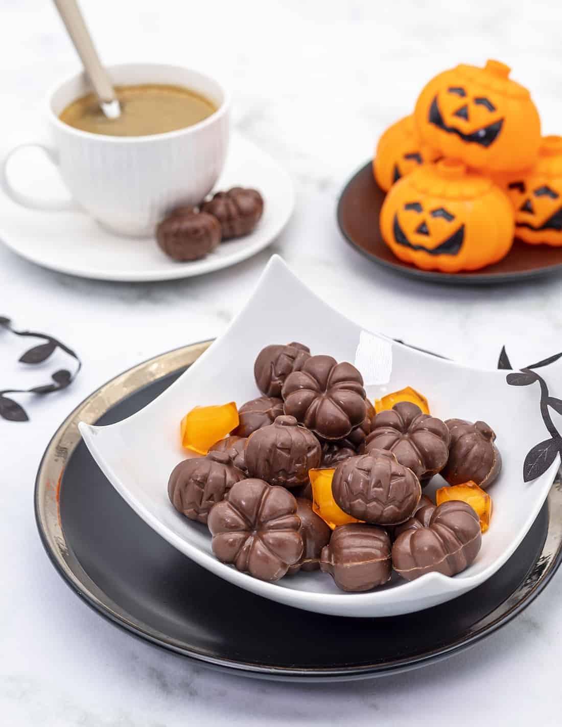 Praline pumpkins